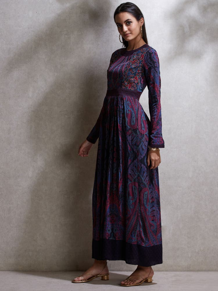 Geeta Basra in a Purple Embroidered Kurta Dress