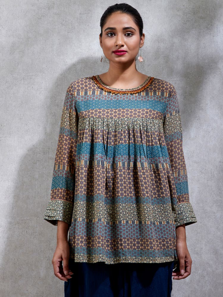 Multi Colored Geometric Kurti