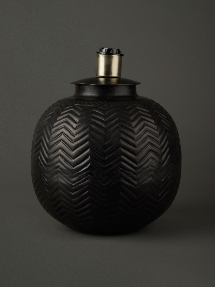 Black Zig-Zag Lamp Base