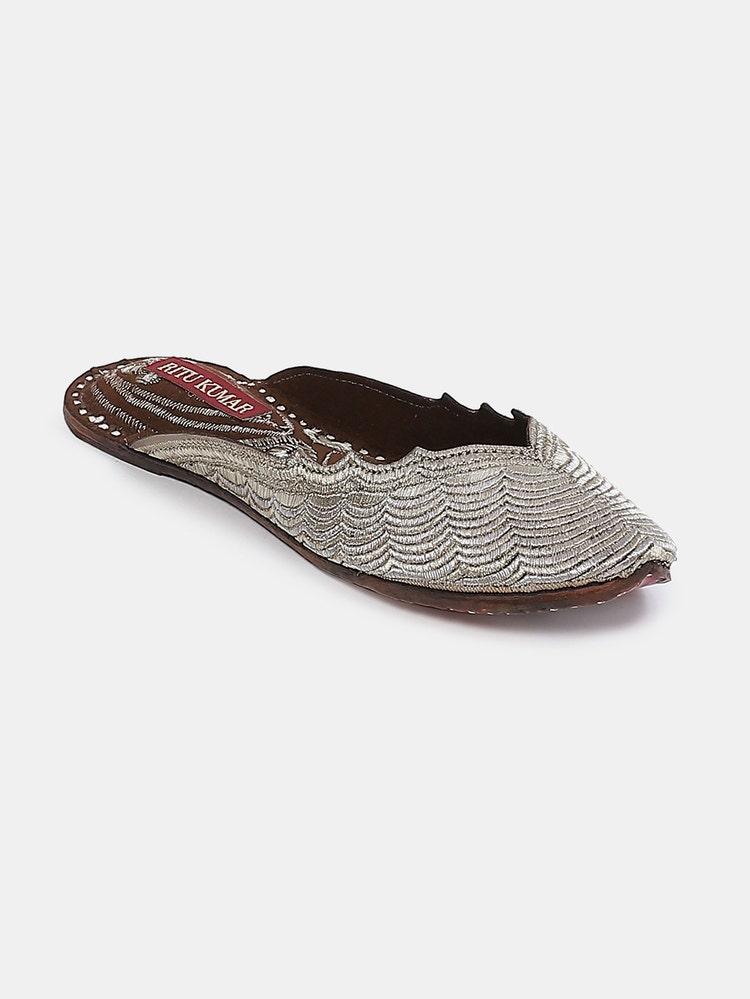 Matt Silver Leather Deedar Slip-On Mojari