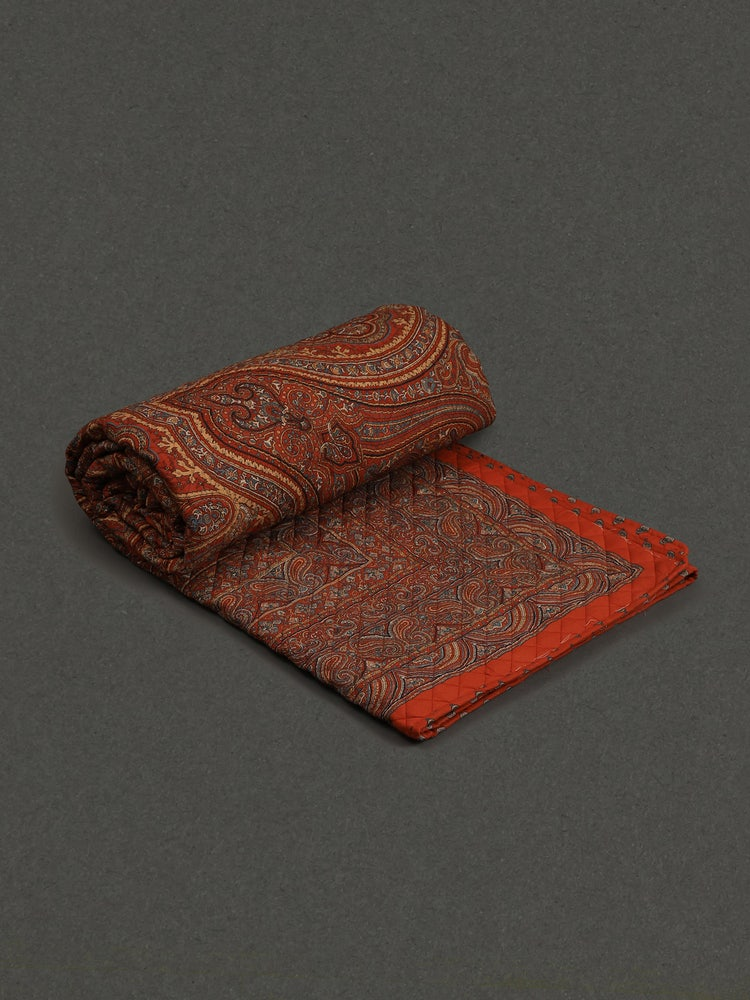 Red Jaamevar Double Bed Quilt